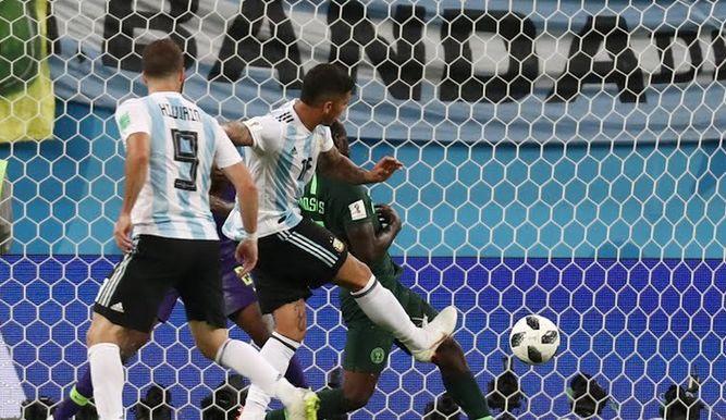 Gol-Marcos-Rojo-Nigeria-Argentina_12703797